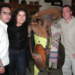 Carlos Huerta, Claudia Barrientos y Julian Quibell